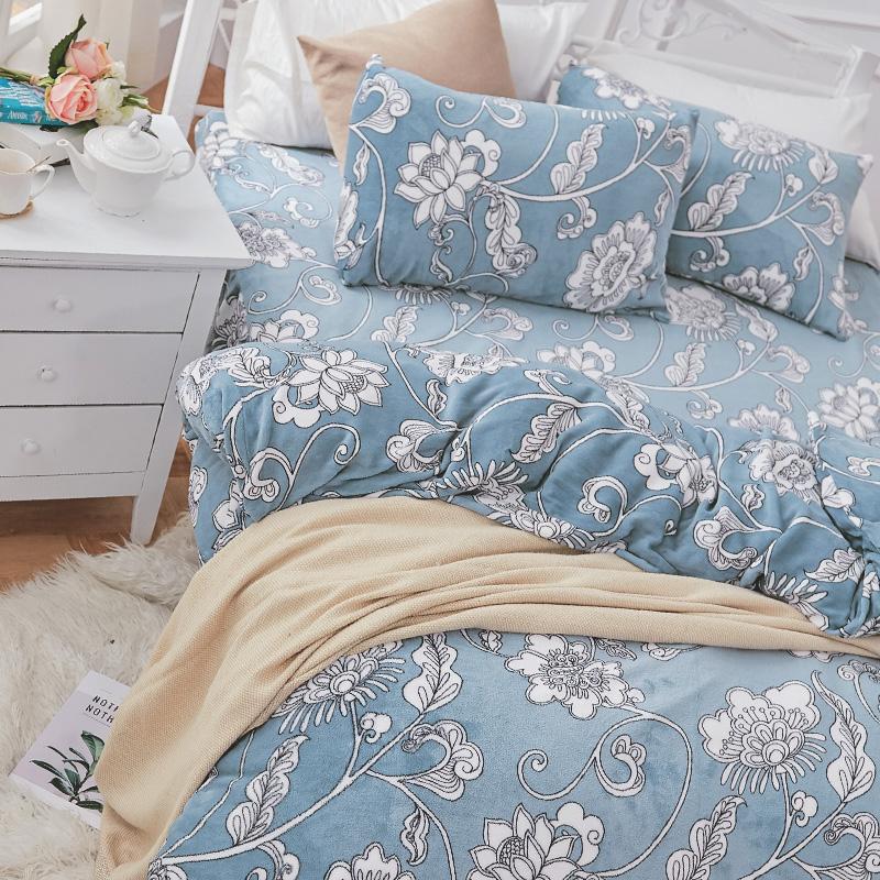 保暖法蘭絨【芬妮雅】雙人鋪棉床包被毯組