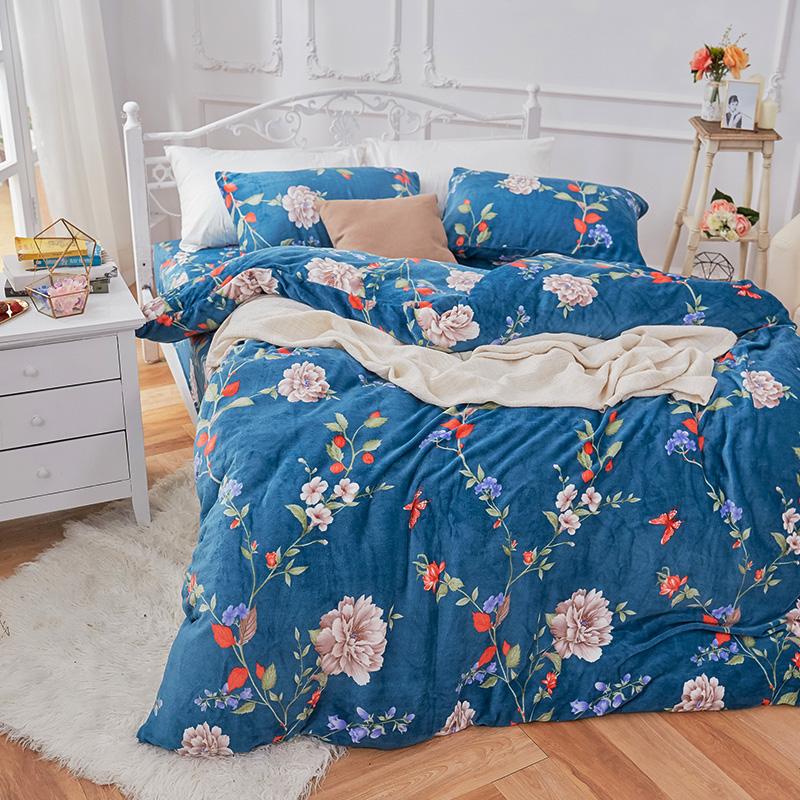 保暖法蘭絨【蔚藍花吟】雙人加大鋪棉床包被毯組