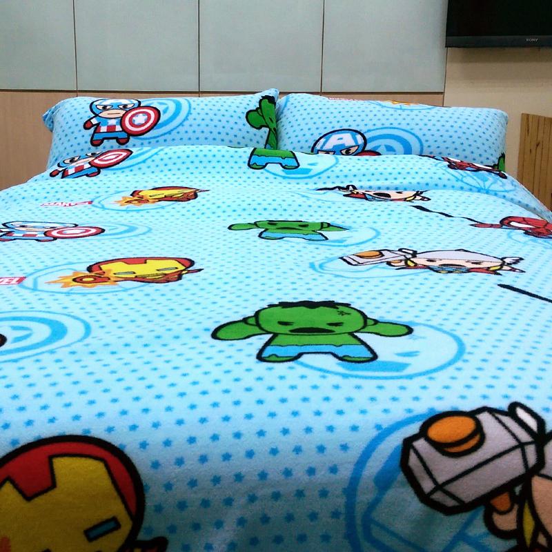 搖粒絨/雙人【英雄總動員】雙人床包兩用毯組