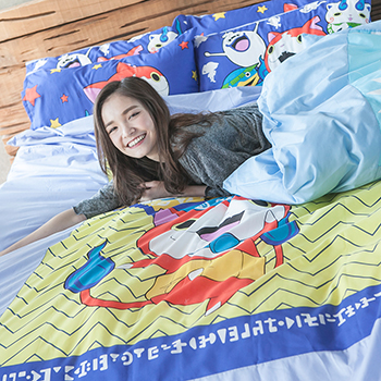 床包/雙人【妖怪手錶-武士慶典】混紡精梳棉雙人床包含兩件枕套