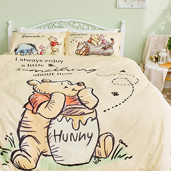 床包/雙人【迪士尼維尼小熊-蜂蜜小事(黃色)】雙人床包含二件枕套
