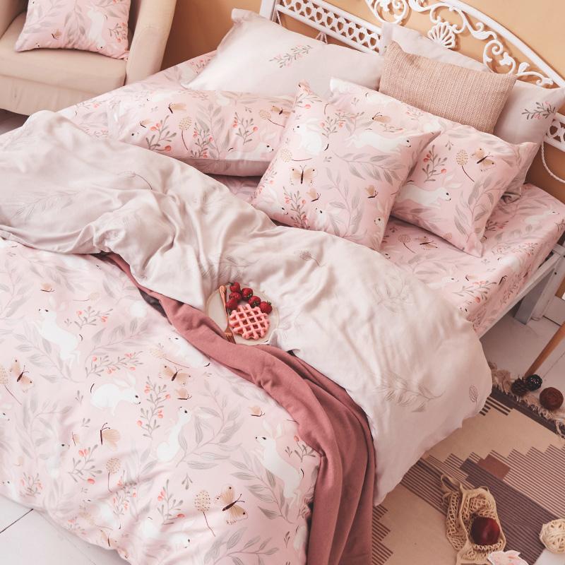 床包被套組/雙人【莓樂兔】60支天絲雙人床包被套組